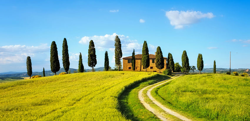 2018-Vista-Springs-great-travel-destinations-for-retirees-tuscany
