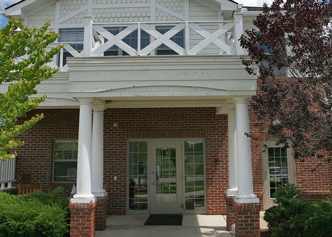 Howell_Exterior09
